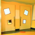 Kantenschutz und Sonderlichtausschnitt. Kinderklinik Oldenburg