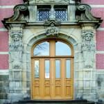 Überarbeitung von denkmalgeschützten Haustürelementen