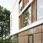 Okalux-Verglasung mit Massivholzeinlage im LZR. Roland Activo Bremen
