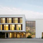 ca. 650m² Holz-Alu Fassade. Roland Activo Bremen